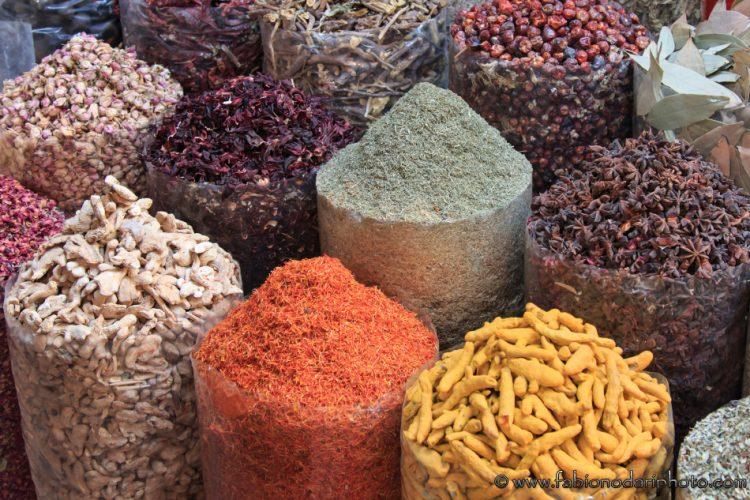 mercato delle spezie a dubai