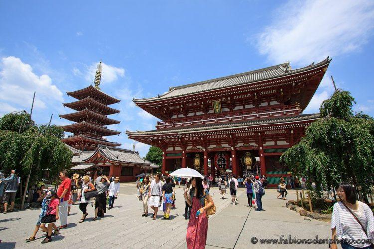 asakusa temples of tokyo in japan