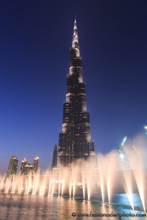 burj khalifa of dubai and dancing fountains