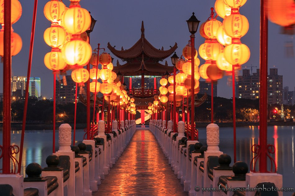 lotus pond of kaohsiung in taiwan by night