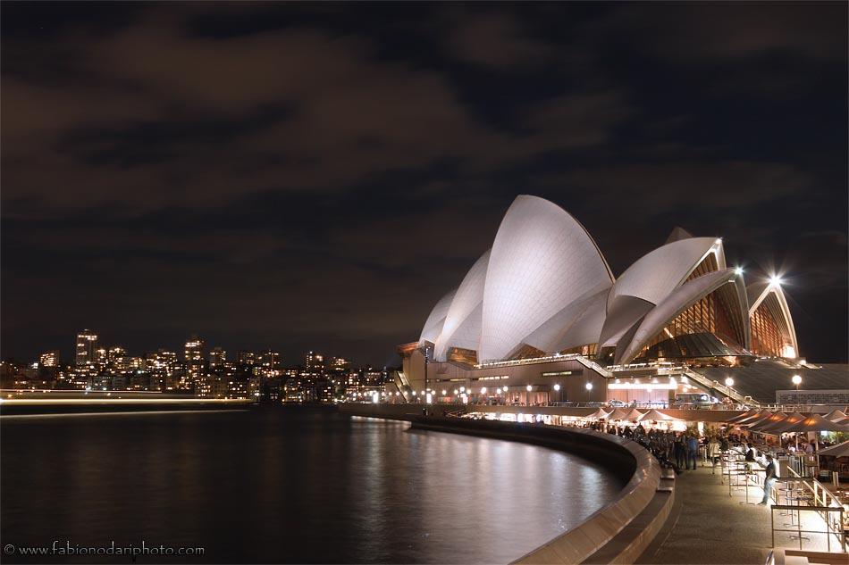 opera house sydney by night