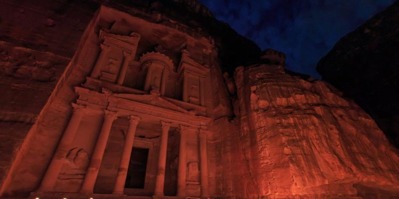 the treasury of petra by night in jordan