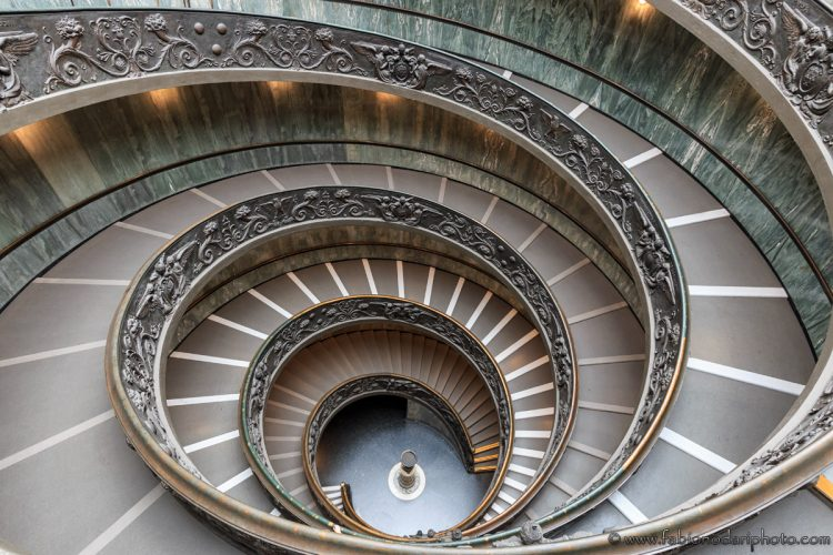 musei vaticani scala momo bramante