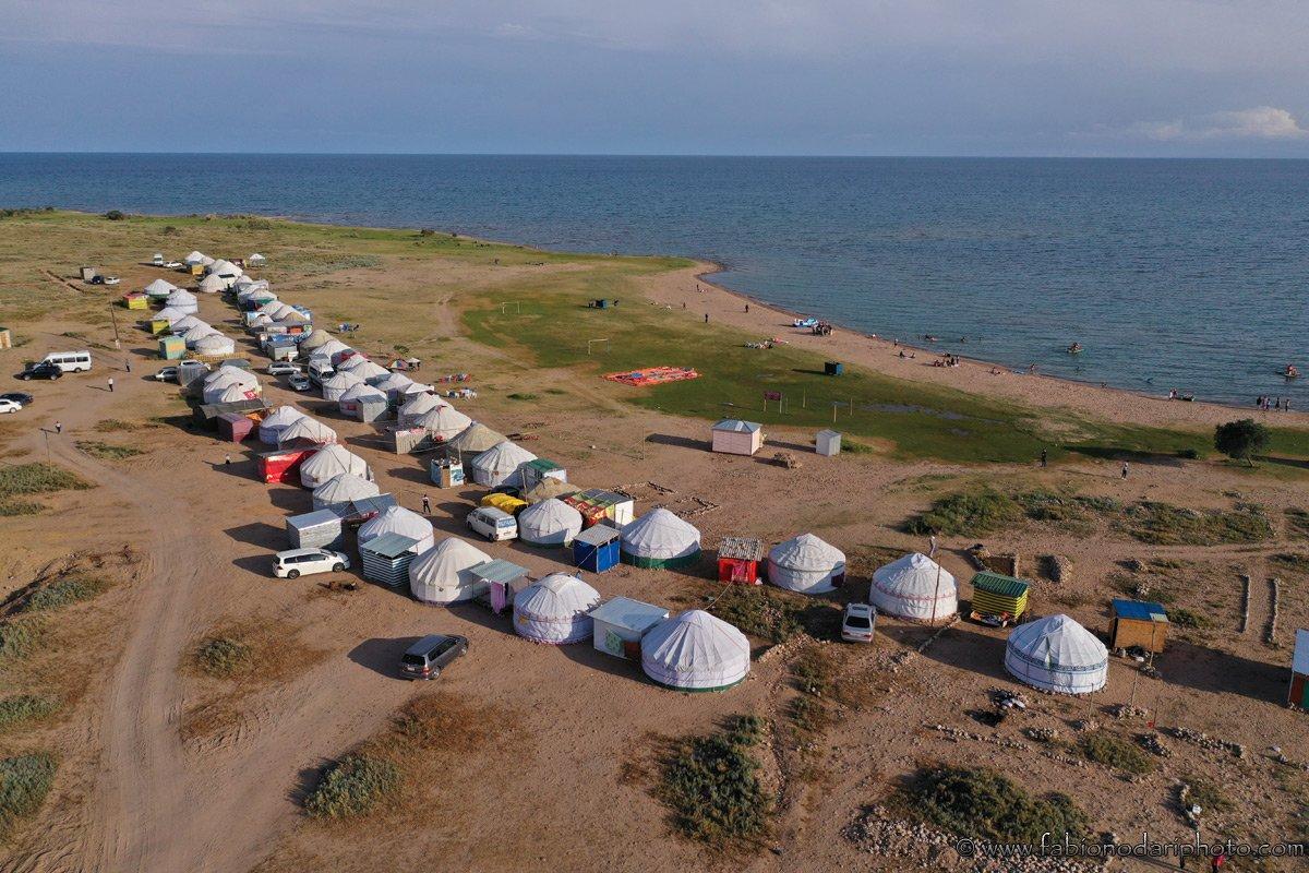 camping in issyk-kul