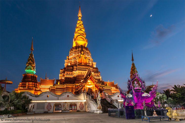jinghong big golden pagoda