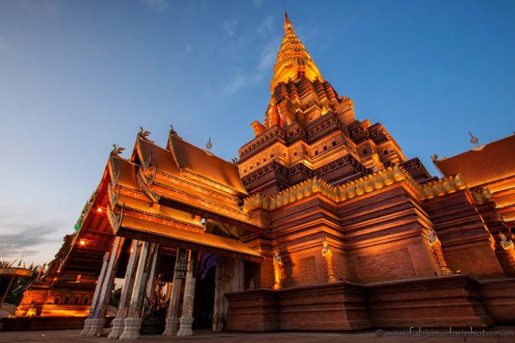 Big Golden Pagoda o Dajin Pagoda